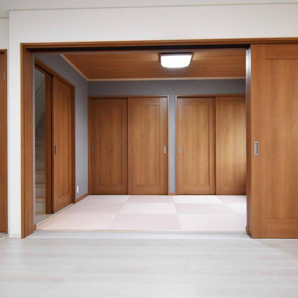 リビングと和室の大空間